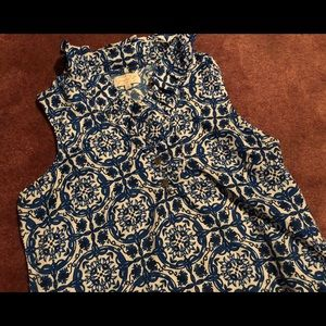 Blue and White Dress Blouse 😇 Size Small!